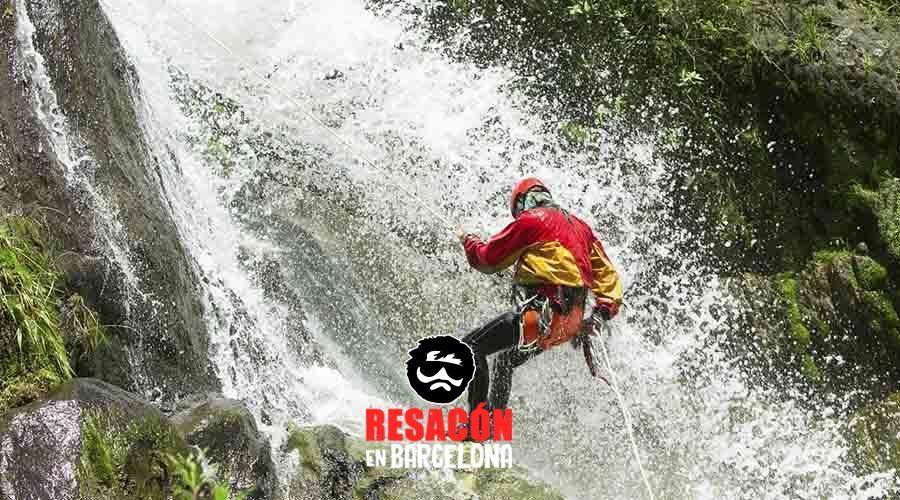 barranquismo - Deportes extremos para despedidas con adrenalina