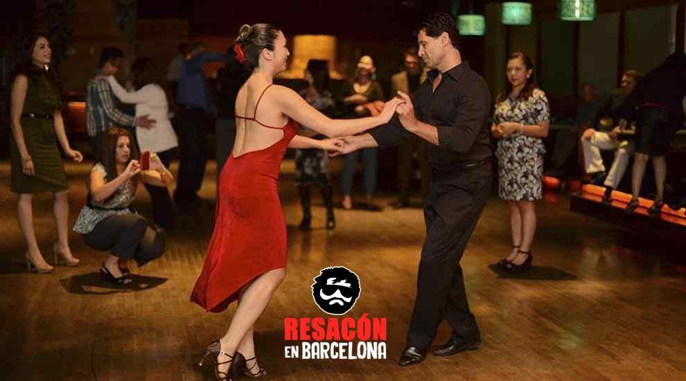 Taller de salsa - Una despedida de soltera con ritmos latinos